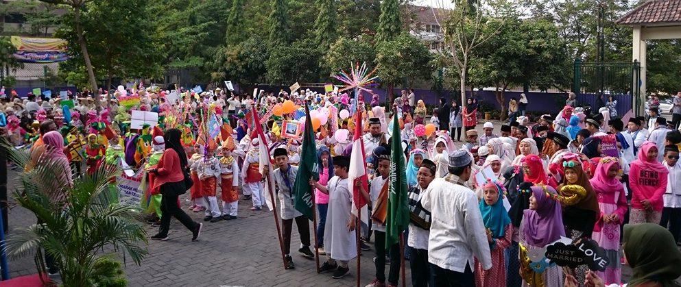 Semarak 1 Muharram, SD Muhammadiyah Condongcatur Gelar Pawai Ta'Aruf