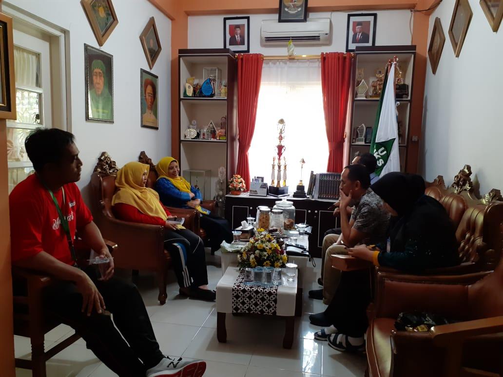 Merujuk Ke Sekolah Sehat, Sekda Lampung Adakan Kunjungan ke SD Muhammadiyah Condongcatur