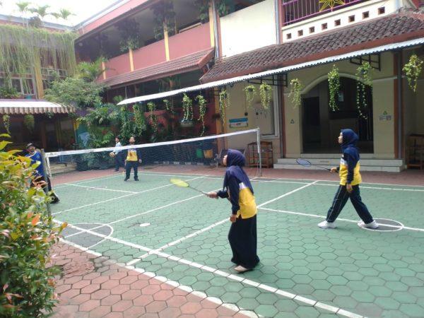 Fasilitas Olahraga Bagi Guru Karyawan Saat WFO